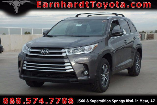 vehicle details 2018 toyota highlander at earnhardt. Black Bedroom Furniture Sets. Home Design Ideas