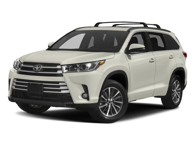 2018 toyota highlander xle oneida ny 22681640. Black Bedroom Furniture Sets. Home Design Ideas