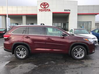 2018_Toyota_Highlander_XLE V6 AWD_ Richmond KY