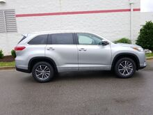 2018_Toyota_Highlander_XLE V6 FWD (SE)_ Decatur AL