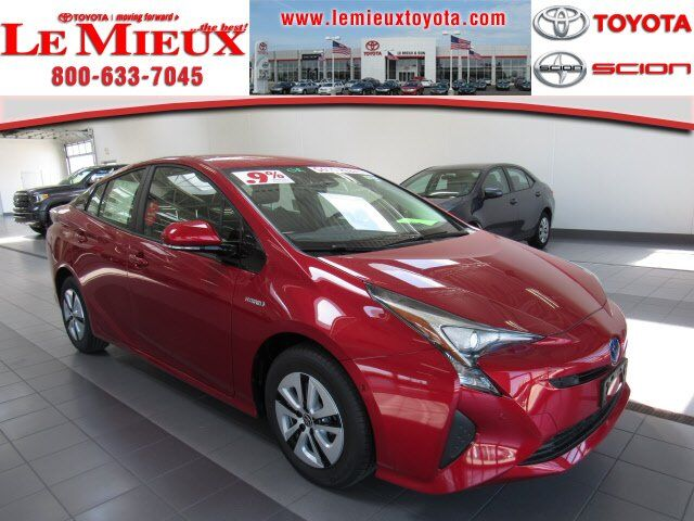 2018 Toyota Prius Three Green Bay WI