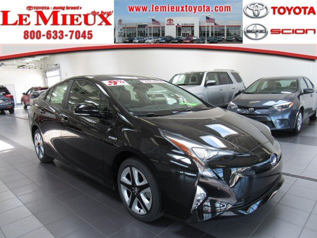2018 Toyota Prius Three Touring Green Bay WI