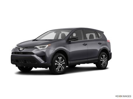 2018_Toyota_RAV4_LE_ Burnsville MN