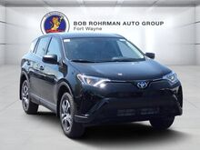 2018_Toyota_RAV4_LE_ Fort Wayne IN
