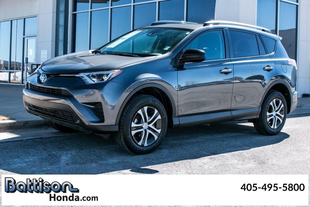 2018_Toyota_RAV4_LE_ Oklahoma City OK