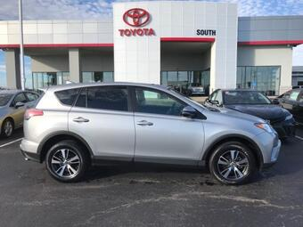 2018_Toyota_RAV4_XLE AWD_ Richmond KY