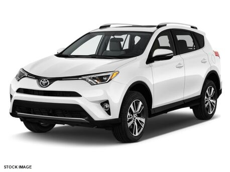 2018_Toyota_RAV4_XLE_ Burnsville MN