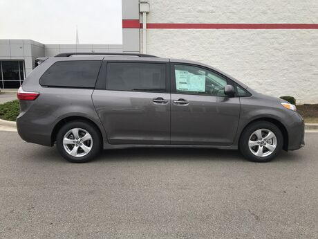 2018 Toyota Sienna FWD 8 PSGR Decatur AL