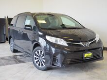 2018_Toyota_Sienna_LE 7-Passenger_ Epping NH
