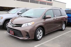 2018_Toyota_Sienna_LE_ Brewer ME