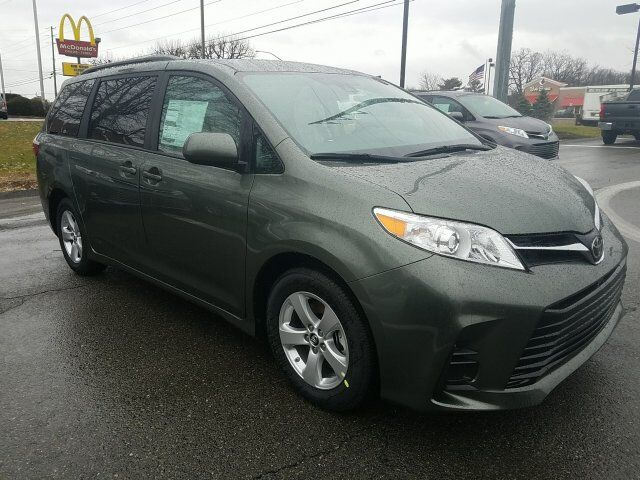 2018 Toyota Sienna LE Cranberry Twp PA