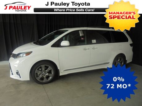 2018_Toyota_Sienna_SE Premium Model Year Closeout!_ Fort Smith AR