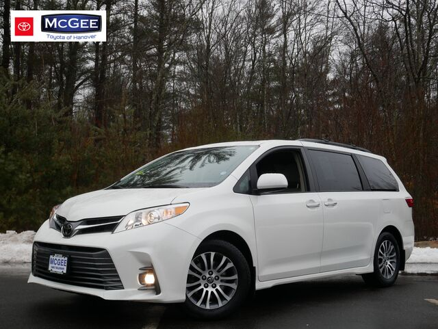 2018 Toyota Sienna XLE FWD 8-Passenger Hanover MA