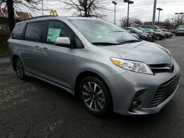 2018 Toyota Sienna XLE Cranberry Twp PA