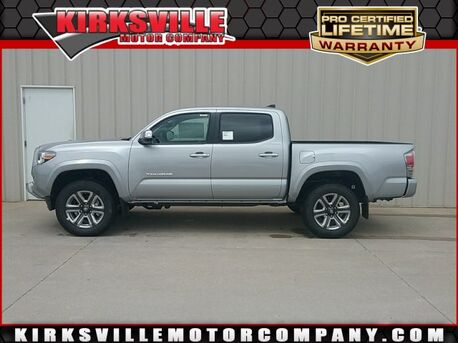 2018_Toyota_Tacoma_Limited Double Cab 5' Bed V6 4x4 AT_ Kirksville MO