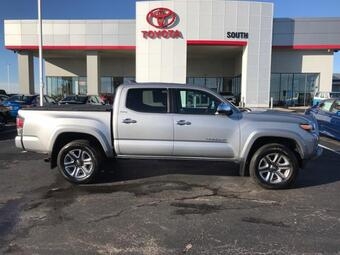 2018_Toyota_Tacoma_Limited Double Cab 5' Bed V6 4x4 AT_ Richmond KY