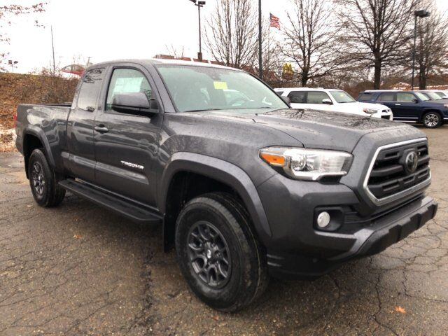 2018 Toyota Tacoma SR5 Access Cab 6' Bed V6 4x4 AT Cranberry Twp PA