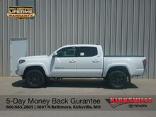 2018_Toyota_Tacoma_SR5 Double Cab 5' Bed V6 4x4 AT_ Kirksville MO