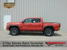 2018_Toyota_Tacoma_TRD Off Road Double Cab 5' Bed V6 4x4 AT_ Kirksville MO