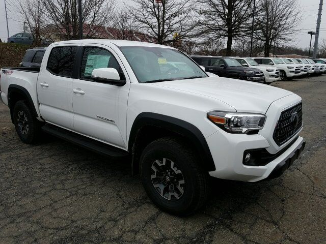 2018 Toyota Tacoma TRD Off Road Double Cab 5' Bed V6 4x4 AT Cranberry Twp PA