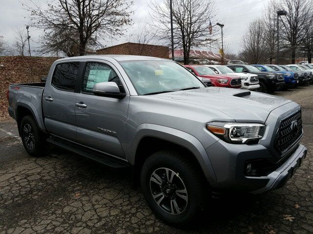 2018 Toyota Tacoma TRD Sport Double Cab 5' Bed V6 4x4 AT Cranberry Twp PA