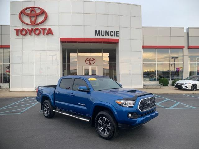 2018 Toyota Tacoma TRD Sport Double Cab 5' Bed V6 4x4 Muncie IN