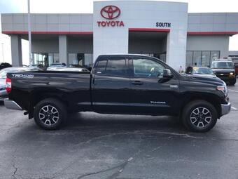 2018_Toyota_Tundra 4WD_SR5 Double Cab 6.5' Bed 5.7L FFV_ Richmond KY