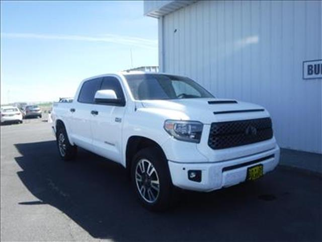 2018 Toyota Tundra SR5 5.7L V8 4x4 CrewMax 5.6 ft. box 145.7 in. WB