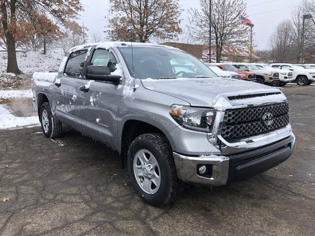 2018 Toyota Tundra SR5 CrewMax 5.5' Bed 4.6L Cranberry Twp PA