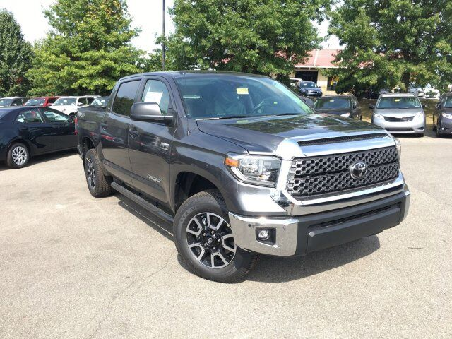 2018 Toyota Tundra SR5 CrewMax 5.5' Bed 5.7L Cranberry Twp PA