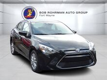 2018_Toyota_Yaris iA_Base_ Fort Wayne IN