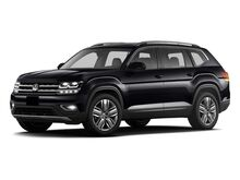 2018_Volkswagen_Atlas_3.6L V6 Launch Edition_ West Islip NY