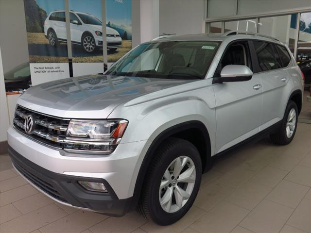 2018 Volkswagen Atlas SE with 4MOTION® Brookfield WI