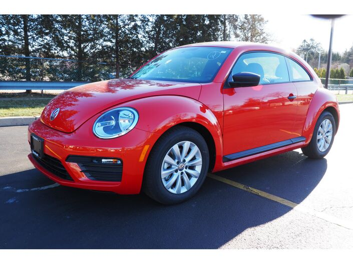 2018 Volkswagen Beetle 2.0T S 2dr Coupe Wakefield RI
