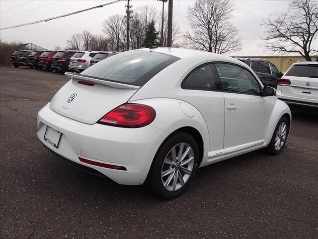 2018 Volkswagen Beetle 2.0T S w/Style & Cpmfort West Chester PA