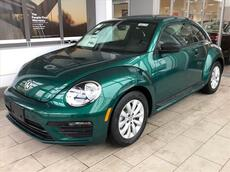 2018_Volkswagen_Beetle_S AUTO_ Brookfield WI