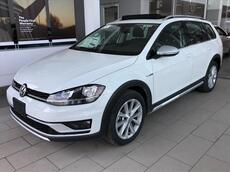 2018_Volkswagen_Golf Alltrack_1.8T SE MANUAL_ Brookfield WI