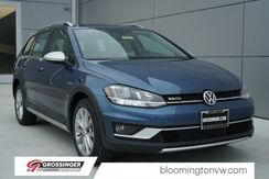 2018_Volkswagen_Golf Alltrack_SE_ Normal IL