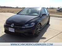 Volkswagen Golf R w/DCC and Nav 2018