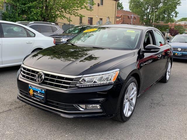 2018 Volkswagen Passat  Bronx NY