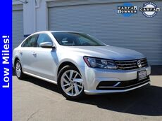 2018_Volkswagen_Passat_2.0T SE_ Van Nuys CA