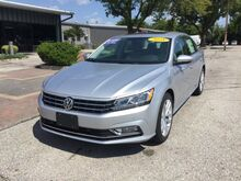 2018_Volkswagen_Passat_2.0T SE with Technology_ Mason City IA