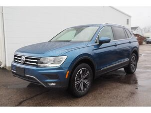 2018_Volkswagen_Tiguan_AWD 2.0T SEL 4Motion 4dr SUV_ Wakefield RI