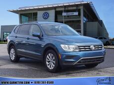 Volkswagen Tiguan Limited 2.0T S 4Motion 2018