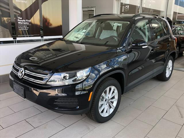 2018 Volkswagen Tiguan Limited Limited with 4MOTION® Brookfield WI