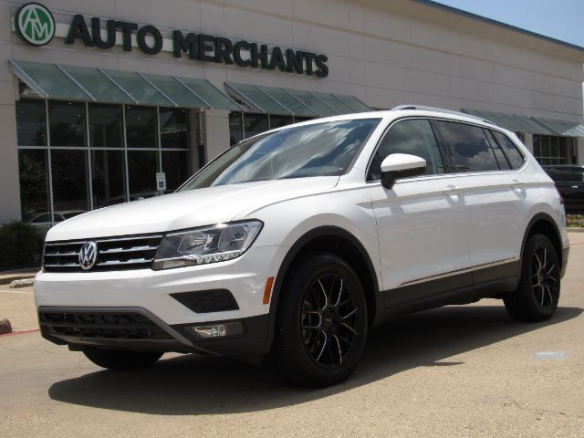 2018 Volkswagen Tiguan SEL LEATHER, PANORAMIC SUNROOF 3RD ROW SEATS, ADAPTIVE CRUISE CONTROL, NAVIGATION, HTD FRONT SEATS Plano TX