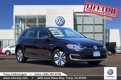 2018_Volkswagen_e-Golf_SE_ Tracy CA