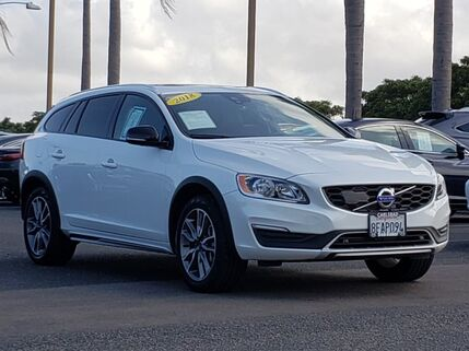 2018_Volvo_V60 Cross Country_T5_ Carlsbad CA