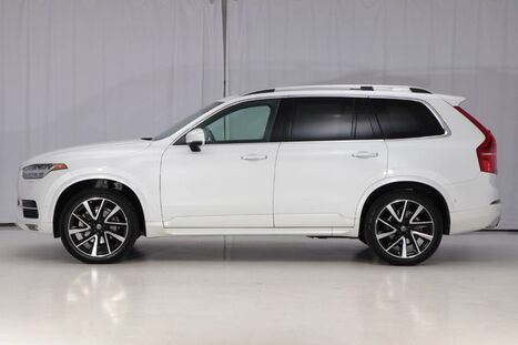 2018_Volvo_XC90 AWD_Momentum_ West Chester PA