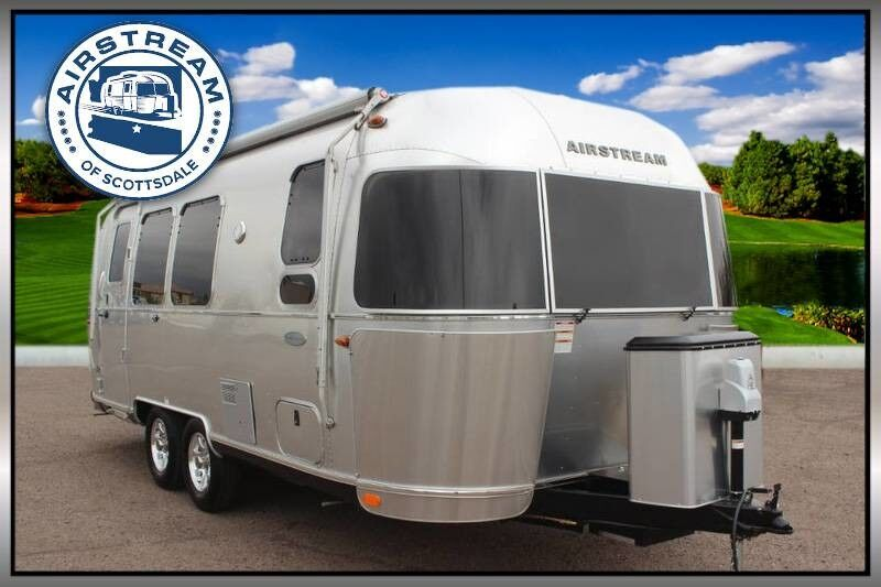2019 Airstream Flying Cloud 23FB Travel Trailer